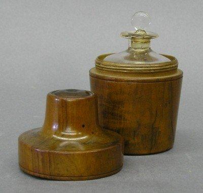 22: Cased traveling Opium bottle