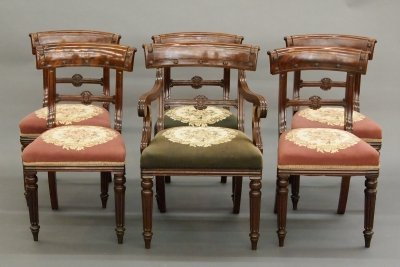 62: 6 Victorian dining chairs