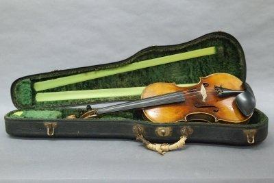 109: Mittenwald violin - 4