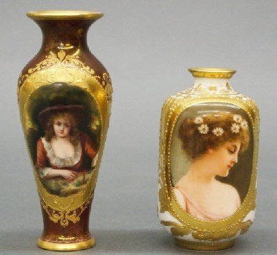 46: 2 Royal Vienna vases