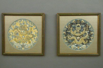 2 Chinese embroidered panels