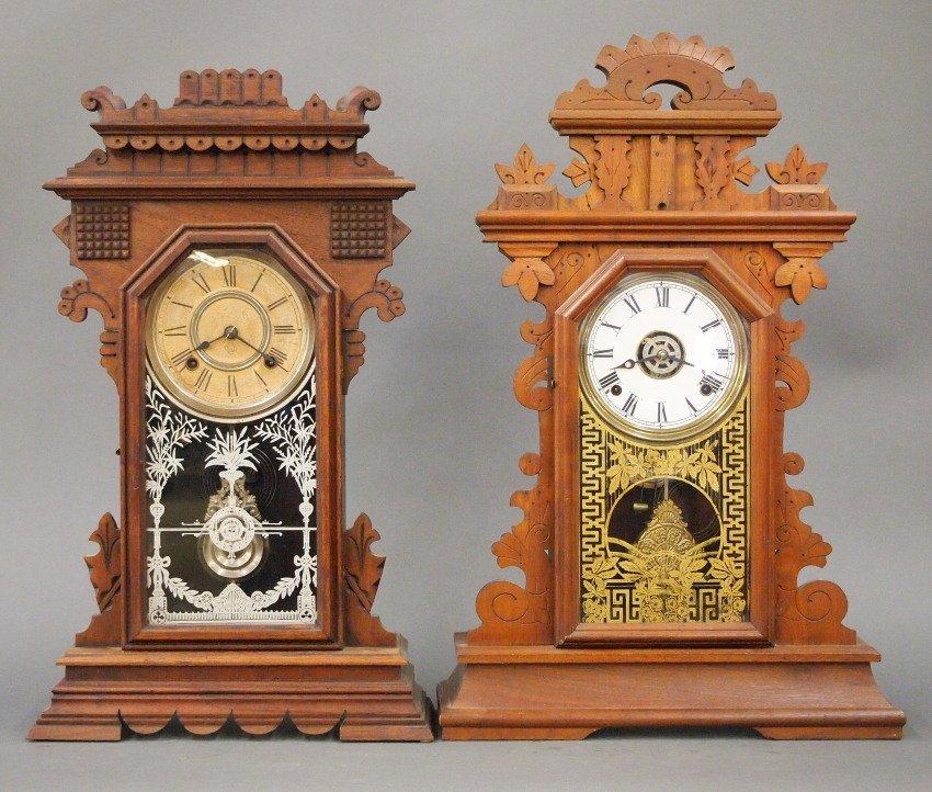 2 Gingerbread Kitchen clocks