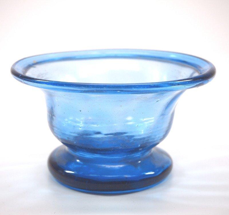 Pattern-molded bowl