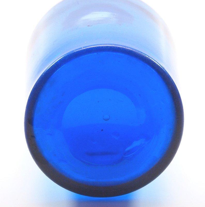 Blown quart decanter - 2
