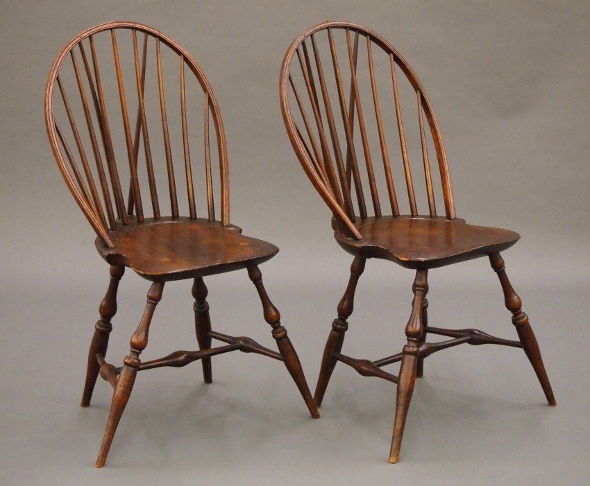 Pr of New England bow back Windsor sidechairs