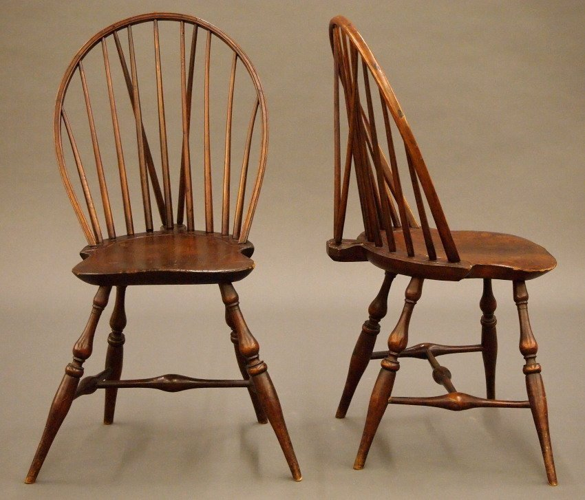 Pr of New England bow back Windsor sidechairs - 4