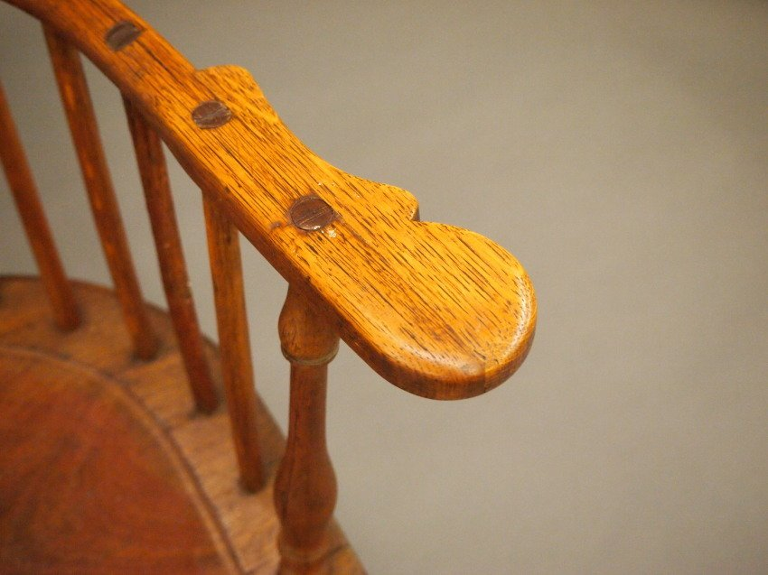 Philadelphia comb back Windsor armchair - 5