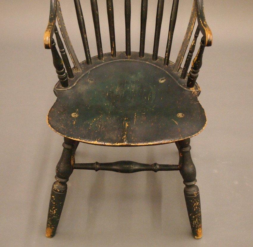 New England bow back Windsor armchair - 3