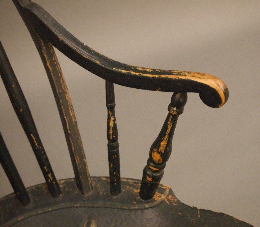 New England bow back Windsor armchair - 4