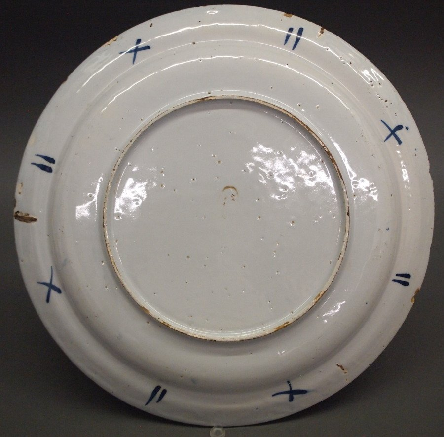 18th c. Delft ware Charger - 2