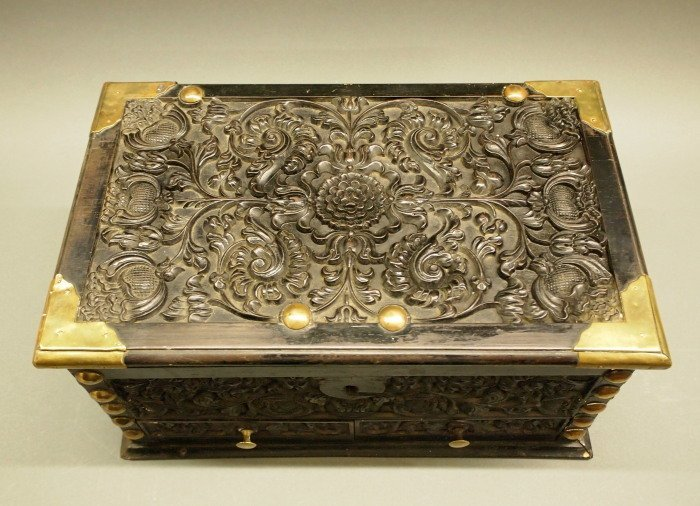 19th c Indian Ebony casket - 2