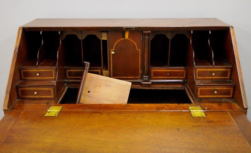 George III Mahogany desk - 3