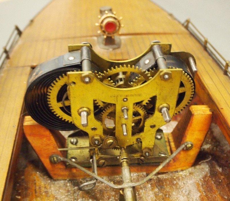 Clockwork pond boat - 3