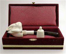 Finely carved meerschaum pipes to sell in online auction March 10