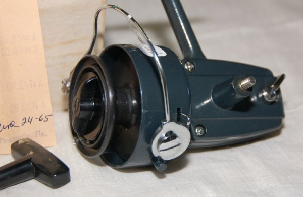316 revelation holiday open face spinning reel no 531 for Open face fishing reel