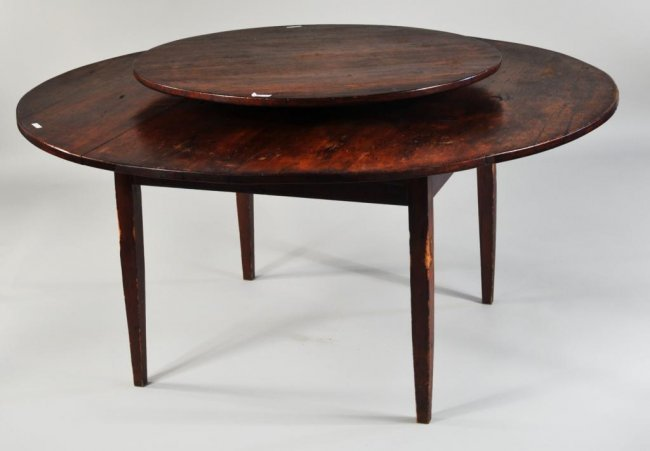 Hepplewhite Style Pine Lazy Susan Table Lot 201 : 166932781l from liveauctioneers.com size 650 x 451 jpeg 27kB