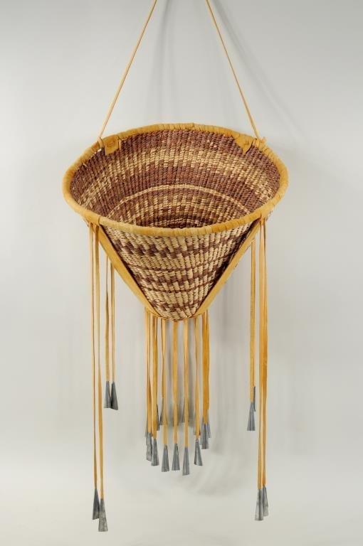 Apache Burden Basket : Lot 196