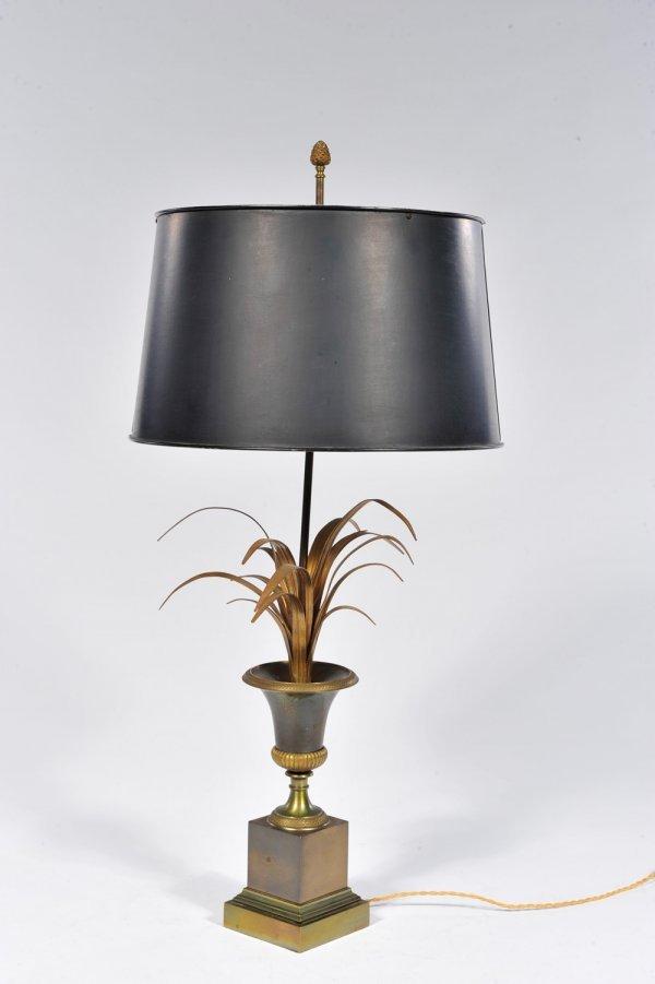 381 maison charles lampe de table trois lumi res en lot 381. Black Bedroom Furniture Sets. Home Design Ideas