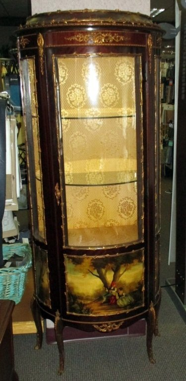 louis xv style curved glass vitrine lot 343. Black Bedroom Furniture Sets. Home Design Ideas