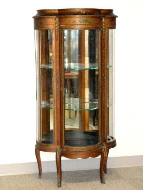 verni martin triple curved glass curio cabinet lot 611. Black Bedroom Furniture Sets. Home Design Ideas