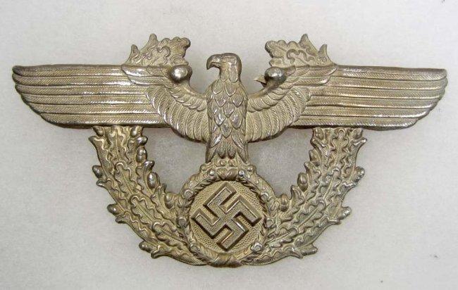 263: GERMAN NAZI POLICE SHAKO HAT BADGE : Lot 263