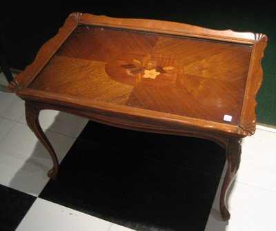 Walnut inlaid coffee table removable glass tray top lot 7085 for Coffee table with removable glass top