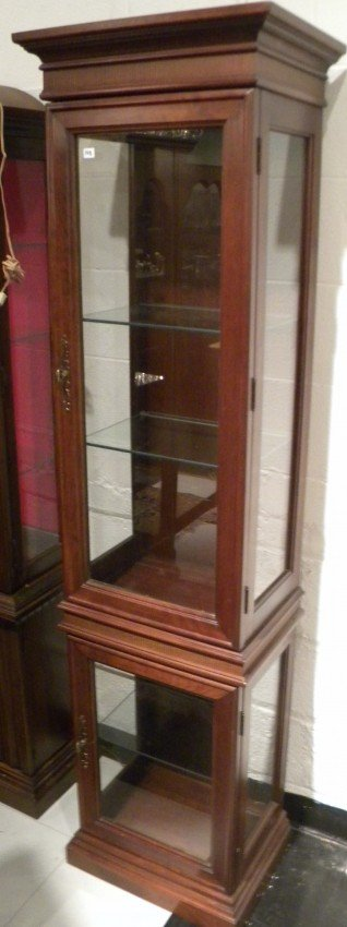 dark stained curio cabinet w glass doors lighted lot 25148. Black Bedroom Furniture Sets. Home Design Ideas