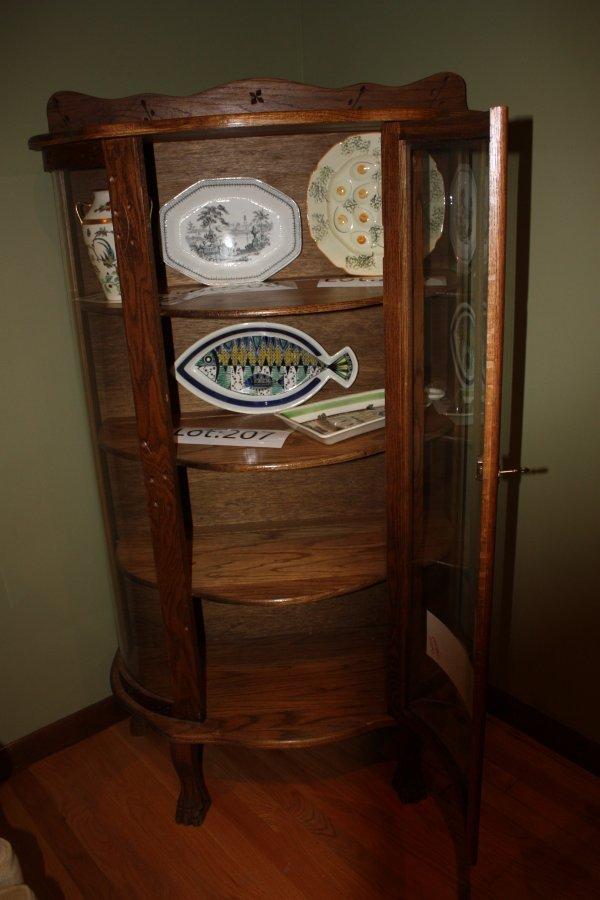 curved cabinet glass cabinet glass. Black Bedroom Furniture Sets. Home Design Ideas