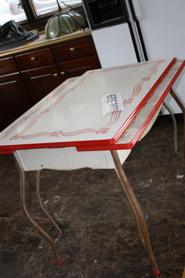 Vintage Enamel Kitchen Table Auction