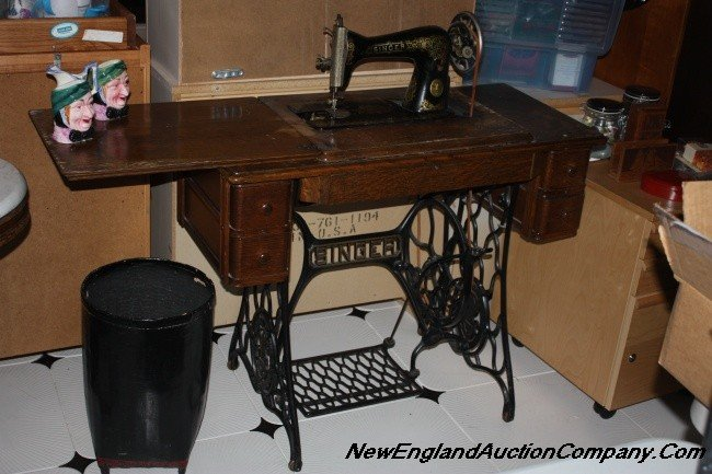 foot pedal sewing machine singer
