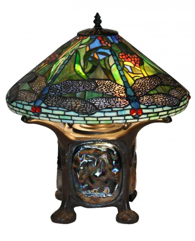 stained glass dragonfly lamp on turtle back base. Black Bedroom Furniture Sets. Home Design Ideas