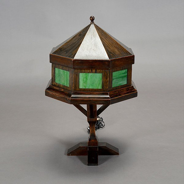 Arts crafts style wooden lamp with green slag glass for Crafting wooden lamps