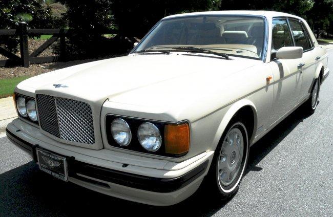 Bentley Brooklands Sedan Lot