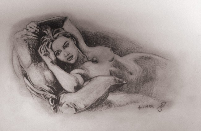 portret-golih-devushek