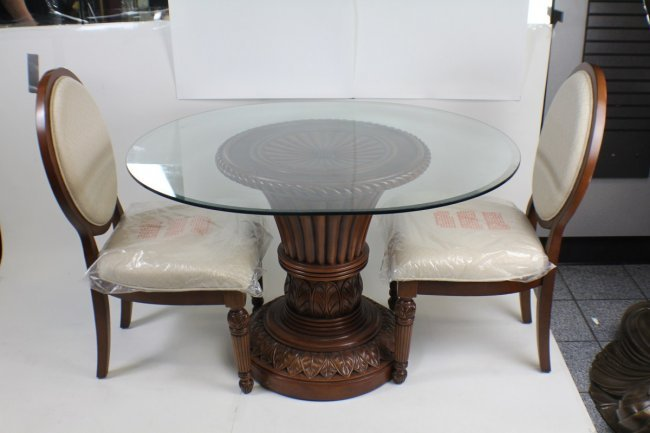 ROUND GLASS TOP DINING TABLE WITH FOUR CHAIRS Lot 31623