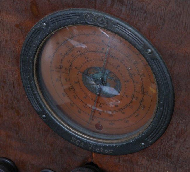Floor radio rca vintage