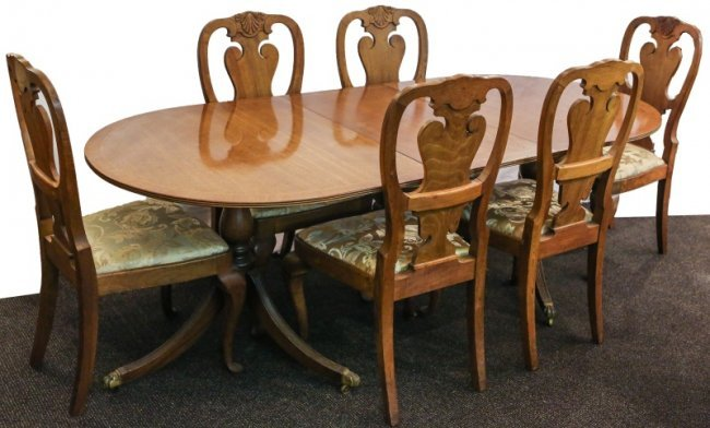DUNCAN PHYFE STYLE DINING TABLE CHAIRS Lot 51867