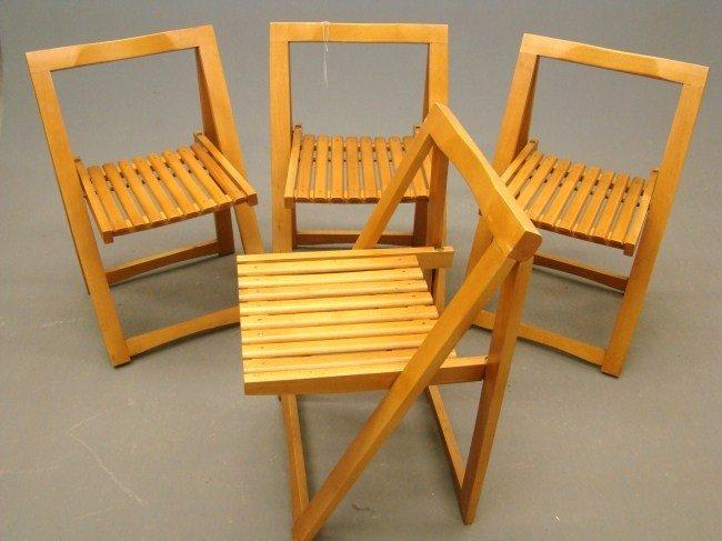 577 Mid Century Folding Chairs Lot 577