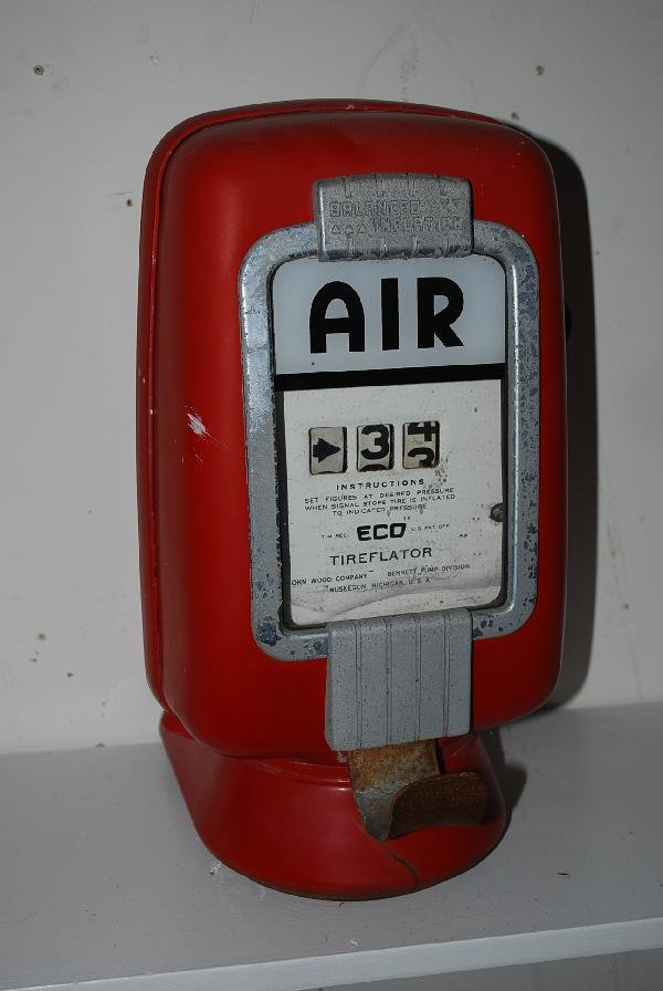 Eco Air Meter : A eco wall mounted air meter model lot