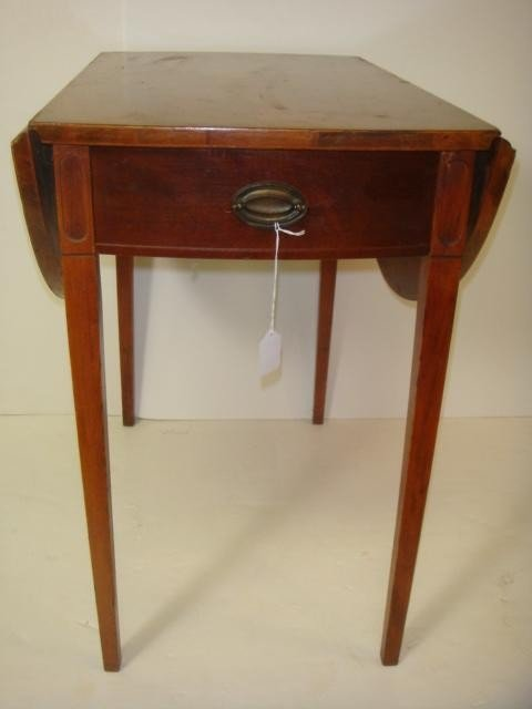 89 Mersman Pembroke Single Drawer Drop Leaf Side Table