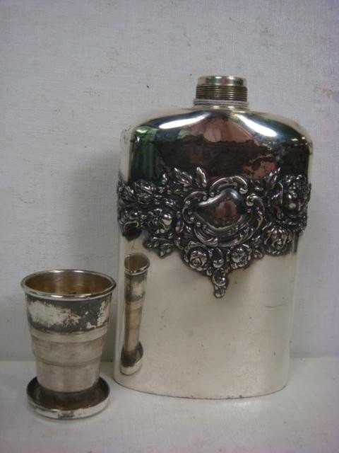 356 Derby Silver Co Quadruple Plate Flask With Cup Lot 356