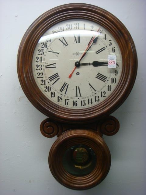 220 vintage howard miller calendar wall clock lot 220