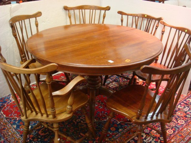 THOMASVILLE Round Cherry Dining Table and 6 Chairs Lot 24 : 298911161l from www.liveauctioneers.com size 640 x 480 jpeg 82kB