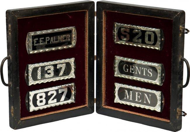 379: Vintage Traveling Salesman Wood Carrying Case