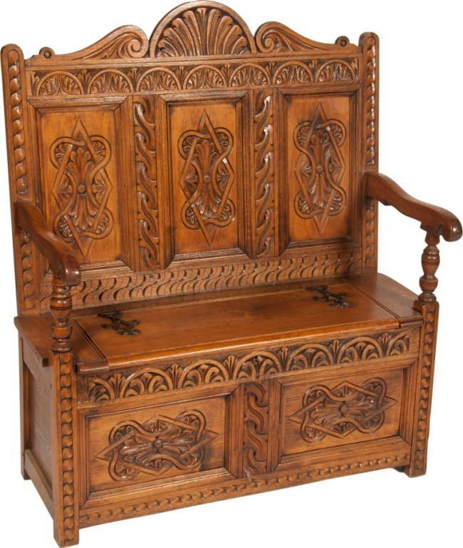 697 Ornate Carved Wood Victorian Prayer Bench Lot 697
