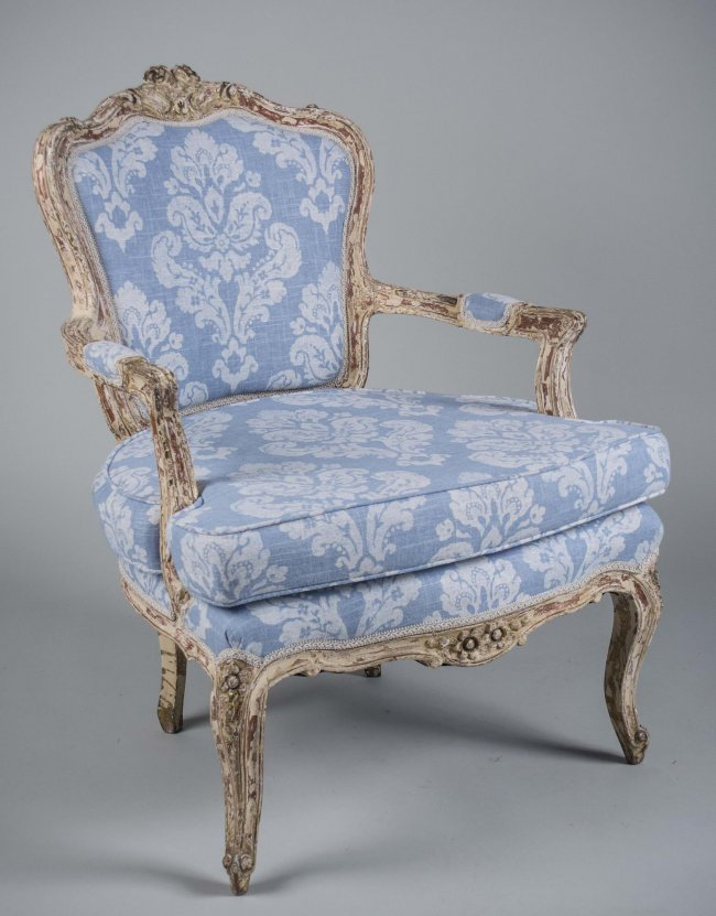 Louis Xv Style Fauteuil Lot 605