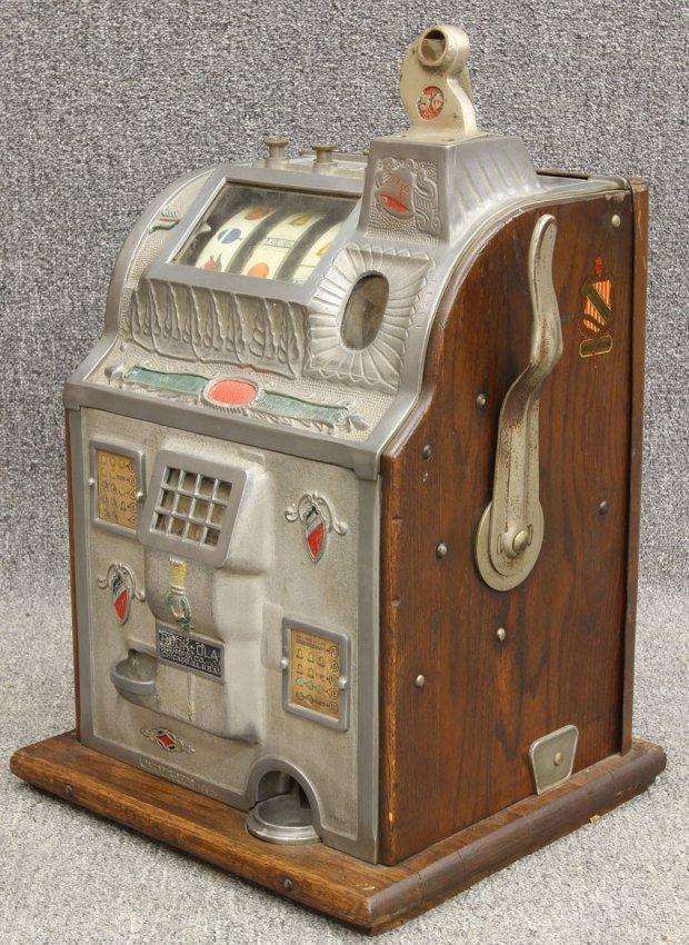 coleman antique 5 cent slot machine