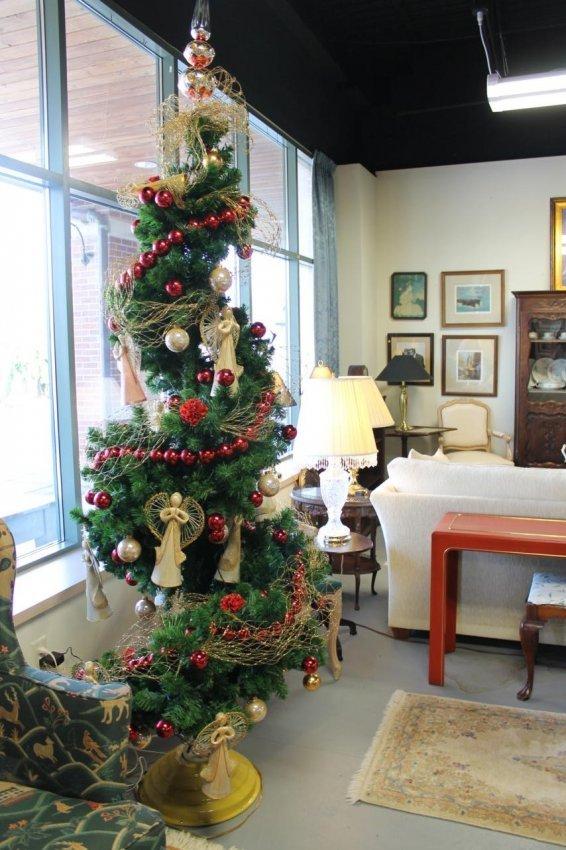 188 Rotating Christmas Tree Professionally Decorated W