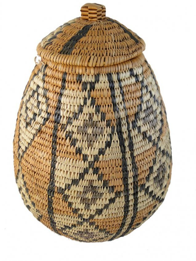 236: gathering basket, Zulu tribe, from South Africa, o : Lot 236