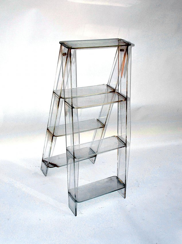 568: Modern Lucite Ladder-Form Plant Stand : Lot 568